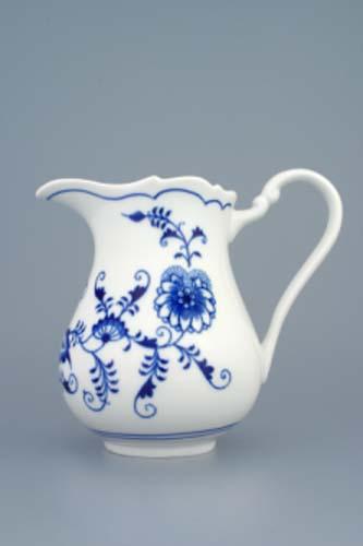 Zwiebelmuster Creamer Tall 0.85L, Original Bohemia Porcelain from Dubi