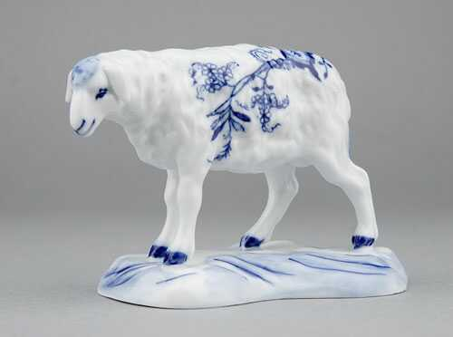 Zwiebelmuster Sheep, Original Bohemia Porcelain from Dubi