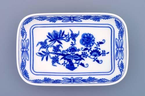 Zwiebelmuster Dish Large AERO, Original Bohemia Porcelain from Dubi