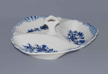 Zwiebelmuster Compartment Dish Aida 26cm, Original Bohemia Porcelain from Dubi
