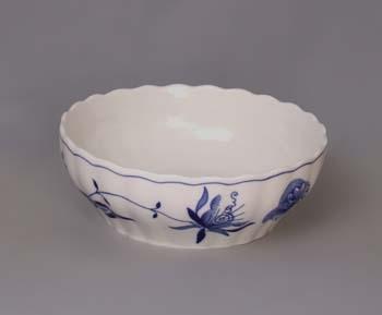 Zwiebelmuster Tureen 24cm, Original Bohemia Porcelain from Dubi