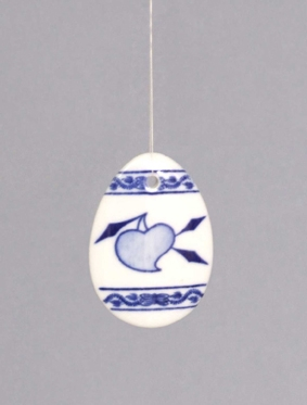 Zwiebelmuster Easter Ornament String Hanged, Original Bohemia Porcelain from Dubi