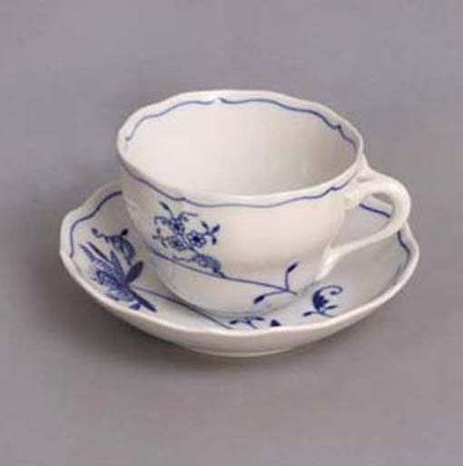 Eco Zwiebelmuster Cup B with Saucer B, Bohemia Porcelain from Dubi