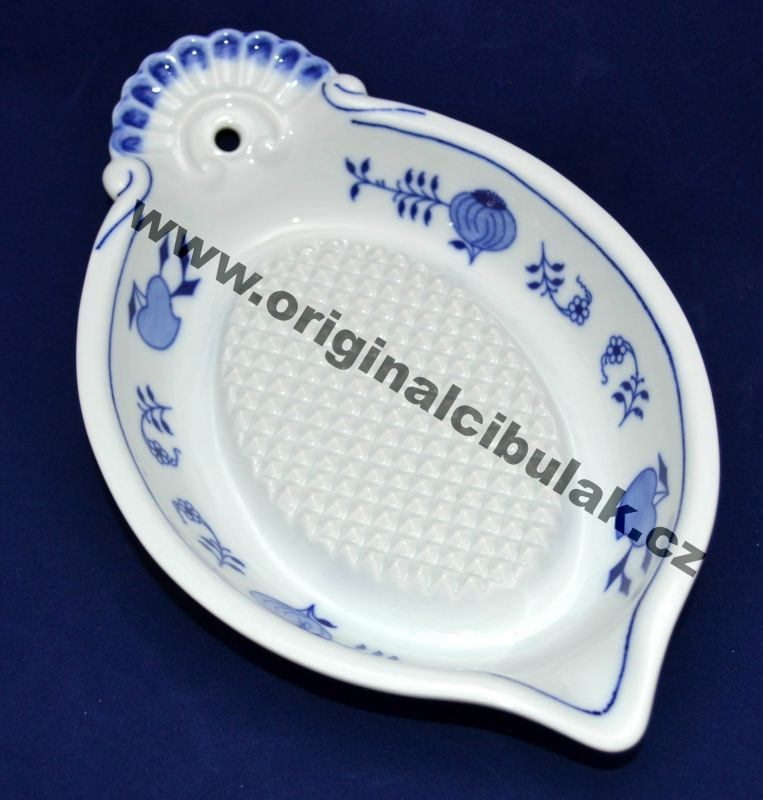 Zwiebelmuster Grater For Apples, Original Bohemia Porcelain from Dubi