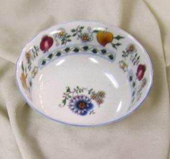 Nature Zwiebelmuster Fruit Bowl 14cm,NATURE Bohemia Porcelain from Dubi