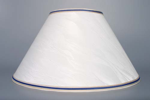 Zwiebelmuster Lampe durchbrochen mit textil Schirm 45cm Original Bohemia Porzellan aus Dubi