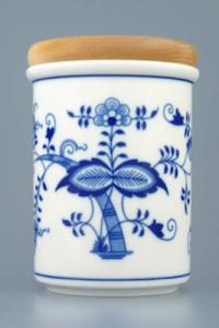 Zwiebelmuster Large Container C with Wooden Cover, Original Bohemia Porcelain from Dubi