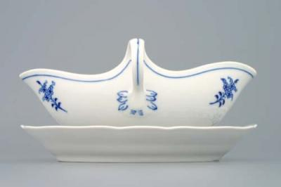 Zwiebelmuster Oval Sauceboat with Stand 0.55L, Original Bohemia Porcelain from Dubi