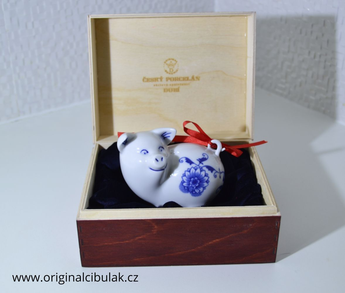 Zwiebelmuster Piglet with Bow, Original Bohemia Porcelain from Dubi