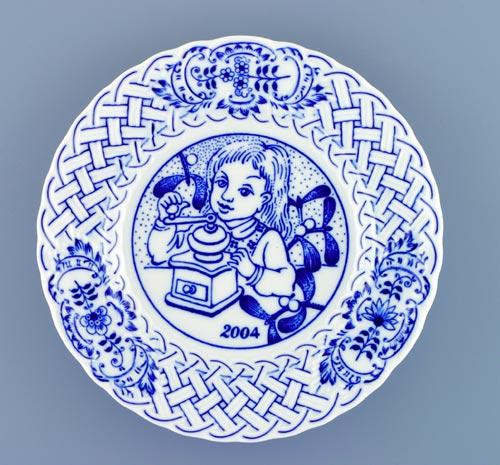 Zwiebelmuster Jahrestagteller relief 2004 18cm Original Bohemia Porzellan aus Dubi