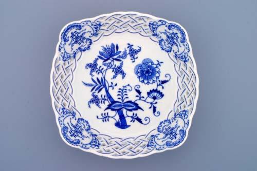Zwiebelmuster Dish Square Perforated 21cm, Original Bohemia Porcelain fromDubi