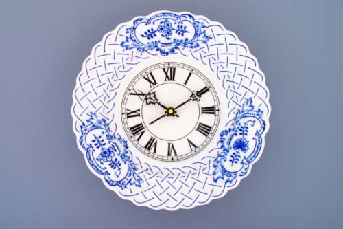 Zwiebelmuster Clock Embossed 27cm, Original Bohemia Porcelain from Dubi