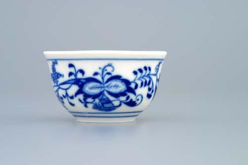 Zwiebelmuster Sake Tot, Original Bohemia Porcelan from Dubi
