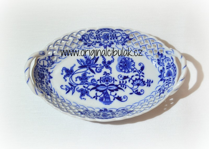Zwiebelmuster Basket Perforated 16.5cm, Original Bohemia Porcelain from Dubi