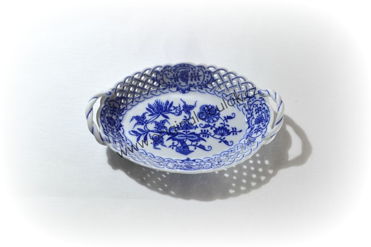 Zwiebelmuster Baket Perforated 18.5cm, Original Bohemia Porcelain from Dubi