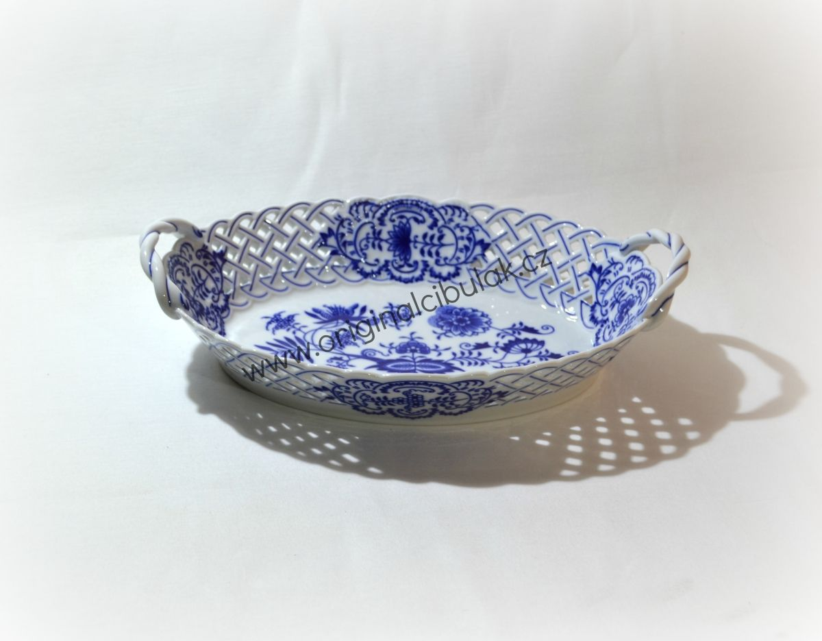 Zwiebelmuster Basket Perforated 28cm, Original Bohemia Porcelain from Dubi