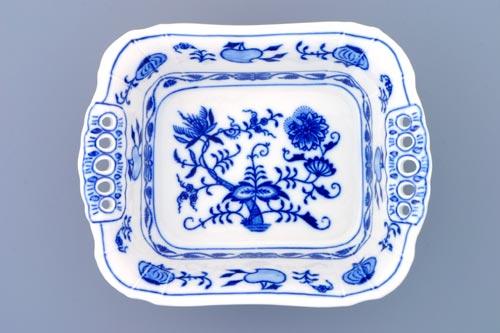 Zwiebelmuster Dish Square Perforated 19cm, Original Bohemia Porcelain from Dubi