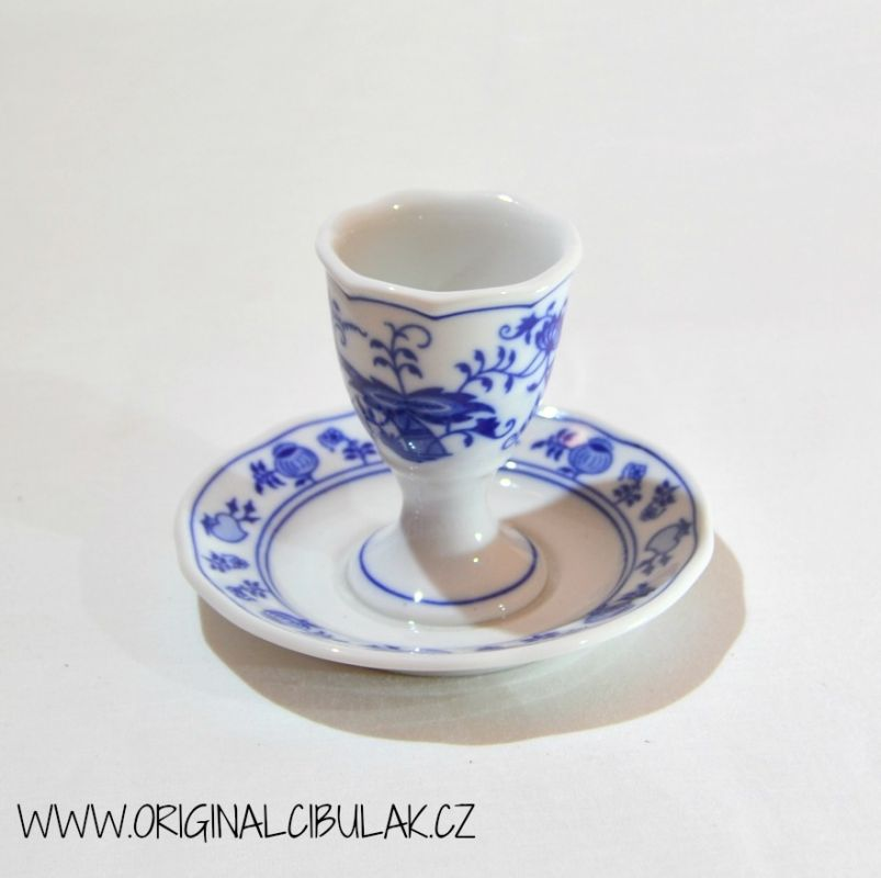 Zwiebelmuster Egg Cup with Stand, Original Bohemia Porcelain from Dubi