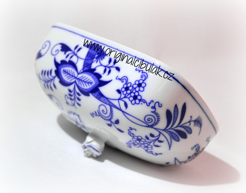 Zwiebelmuster Butter Dish Cover Large, Original Bohemia Porzcelain from Dubi