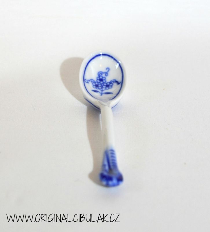 Zwiebelmuster Spoon for Mustard,Original Bohemia Porcelain from Dubi