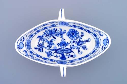 Zwiebelmuster Oval Sauceboat 0.55L, Original Bohemia Porcelain from Dubi