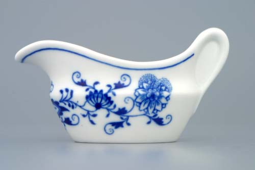 Zwiebelmuster Oval Souceboat 0.10L, Original Bohemia Porcelain from Dubi