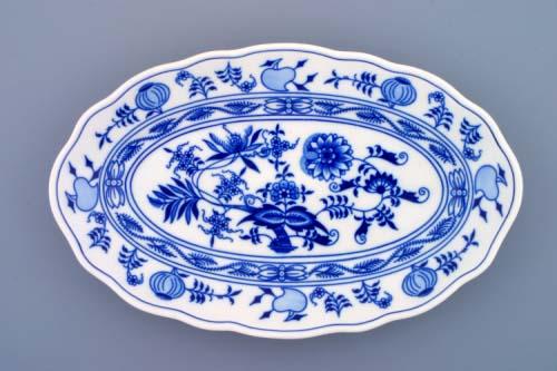 Zwiebelmuster Oval Dish 31cm, Original Bohemia Porcelain from Dubi