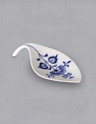 Zwiebelmuster Tea Bag Leaf Plate, Original Bohemia Porcelain from Dubi