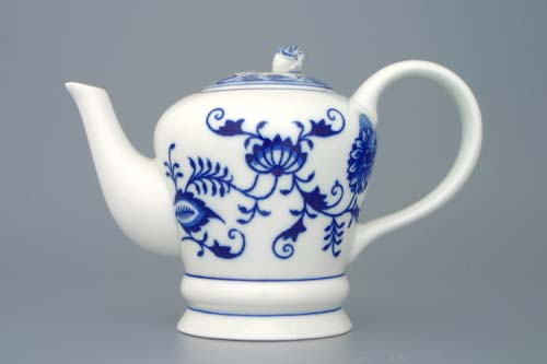 Zwiebelmuster Tea Pot FM 0.35L, Original Bohemia Porcelain from Dubi