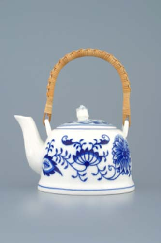 Zwiebelmuster Tea Pot M 0.25L, Original Bohemia Porcelain from Dubi