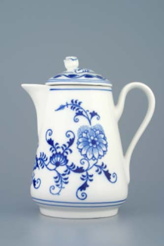Zwiebelmuster Chocolate Pot 0.50L, Original Bohemia Porcelain from Dubi