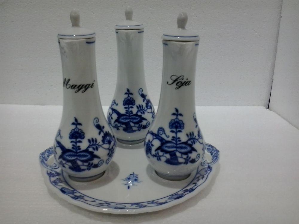 Zwiebelmuster Carafe Set, Original Bohemia Porcelain from Dubi