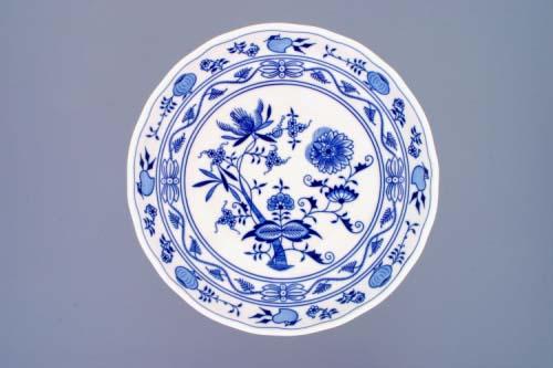 Zwiebelmuster Fruit Bowl on High Foot 26cm, Original Bohemia Porcelain from Dubi