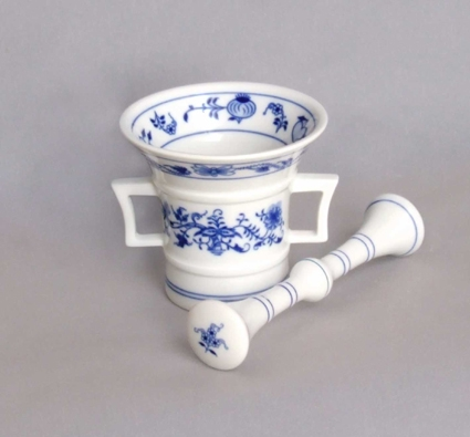 Zwiebelmuster Montar with Pestle 10cm, Original Bohemia Porcelain from Dubi