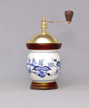 Zwiebelmuster Coffee Mill Banak 20cm, Original Bohemia Porcelain from Dubi