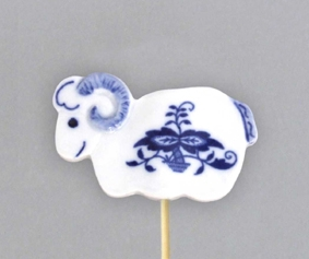 Zwiebelmuster Sheep, Easter Ornamet, Original Bohemia Porcelain from Dubi
