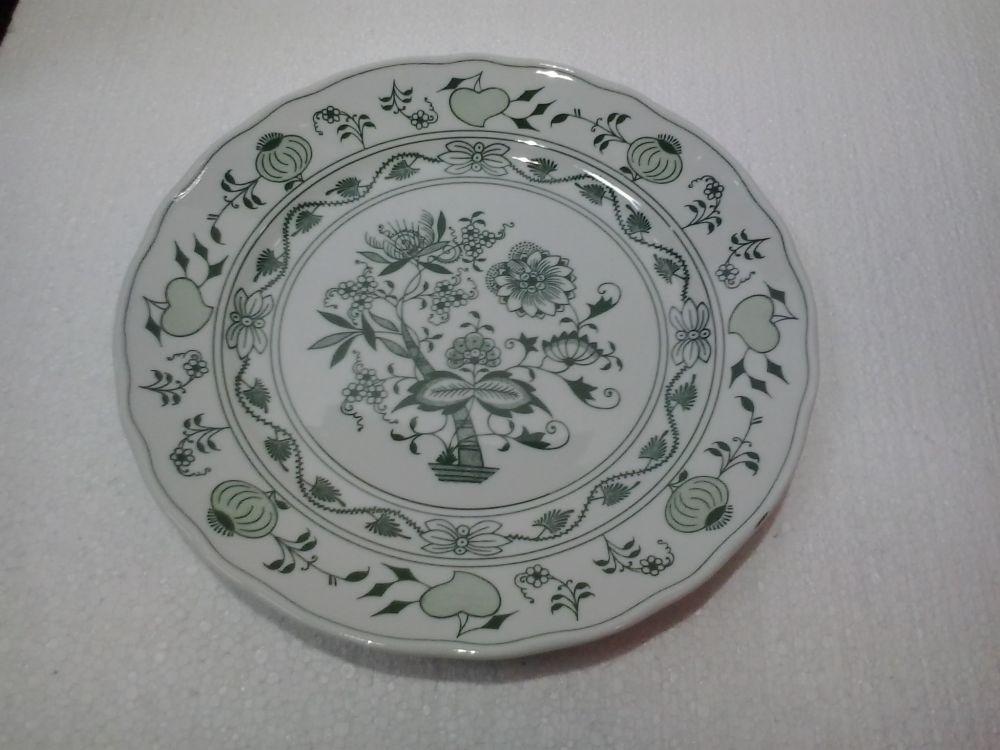 Green Zwiebelmuster Flat Plate 24cm, Bohemia Porcelain from Dubi