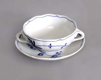Eco Zwiebelmuster Soup Cup + Saucer, Bohemia Porcelain from Dubi