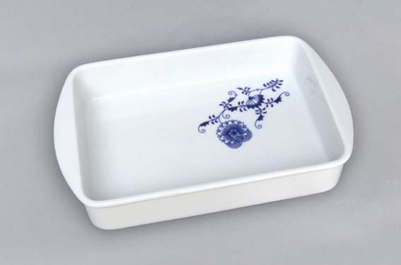 Zwiebelmuster Baking Dish Small, Bohemia Porcelain from Dubi