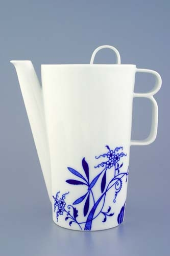 Zwiebelmuster Coffee Pot 0.76L, Bohemia Porcelain from Dubi