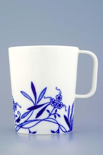 Zwiebelmuster Mug Bohemia, Bohemia Porcelain from Dubi
