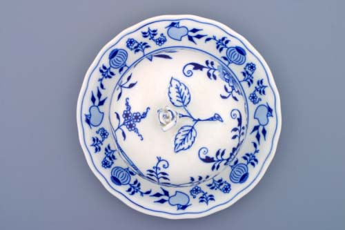 Zwiebelmuster Cheese Container 19cm, Original Bohemia Porcelain from Dubi