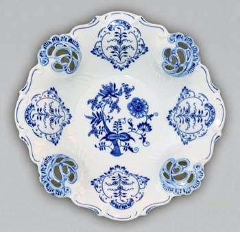 Zwiebelmuster Bowl Aida Carved, Original Bohemia Porcelain from Dubi