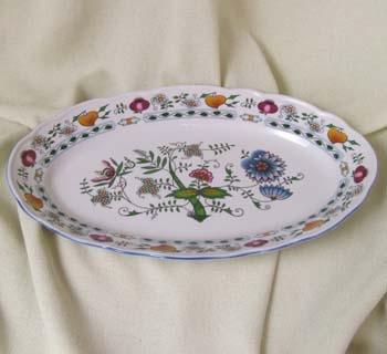 Zwiebelmuster Ovale Schüssel NATURE farbig 35cm Original Bohemia Porzellan aus Dubi