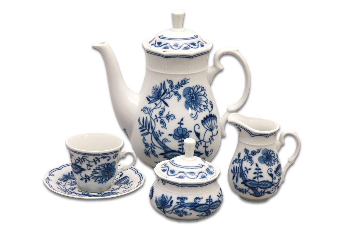 Zwiebelmuster Table Set, Original Bohemia Porcelain from Dubi