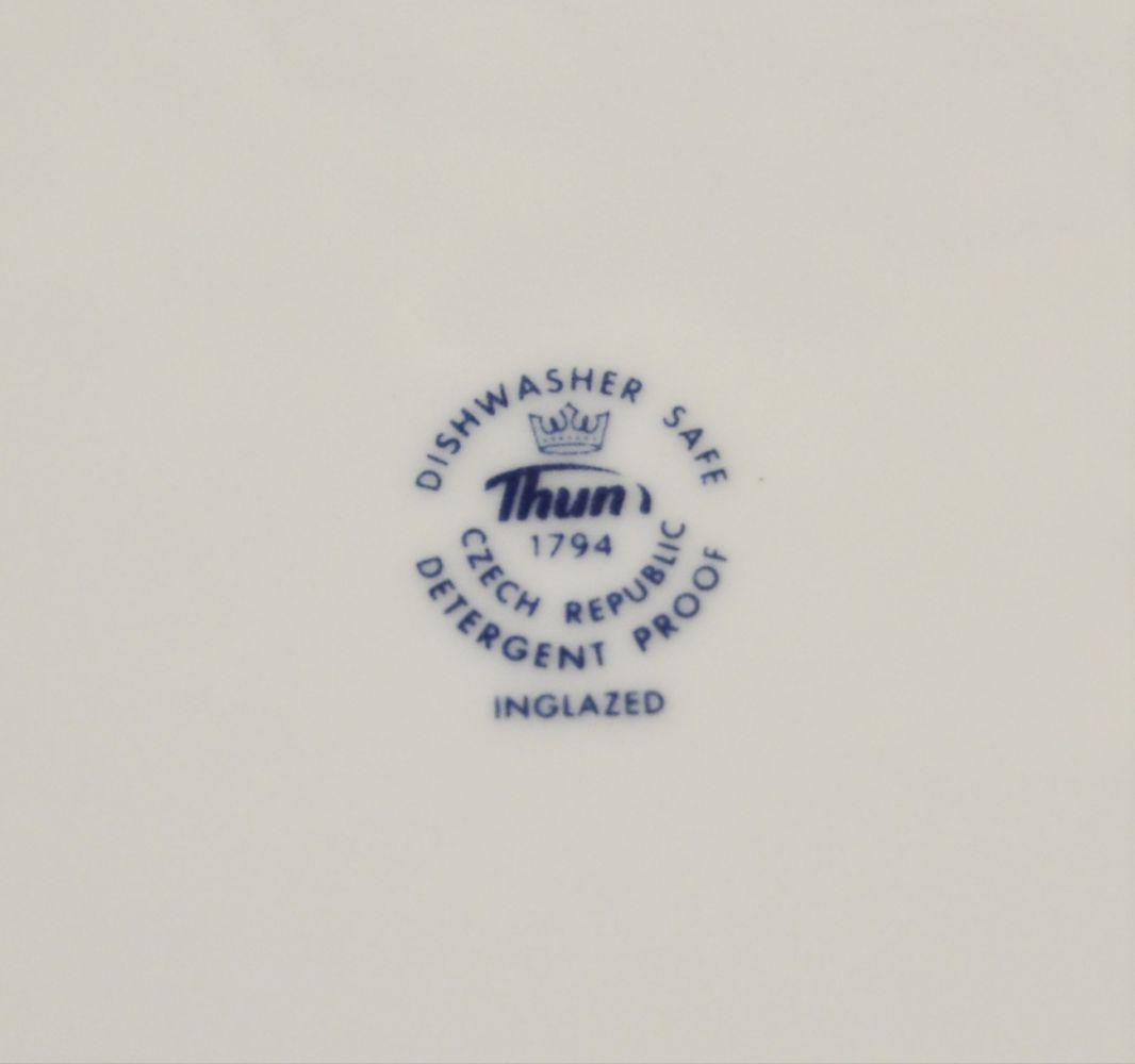 Zwiebelmuster Flat Deep Plate 24cm, Original Bohemia Porcelain from Dubi