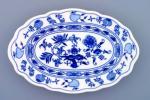 Zwiebelmuster Oval Dish 28cm, Original Bohemia Porcelain from Dubi