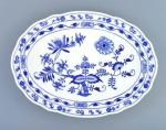 Zwiebelmuster Oval Plate 35cm, Original Bohemia Porcelain from Dubi
