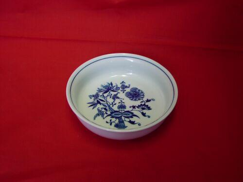 Zwiebelmuster Backform rund klein 16,2cm Original Bohemia Porzellan aus Dubi