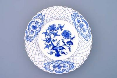 Zwiebelmuster Plate Embossed 24cm, Original Bohemia Porcelain from Dubi